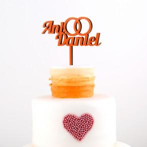 Cake Topper mit Wunschnamen und Eheringen